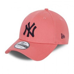 New Era New York Yankees League Essential Pink 9FORTY Cap 60137692